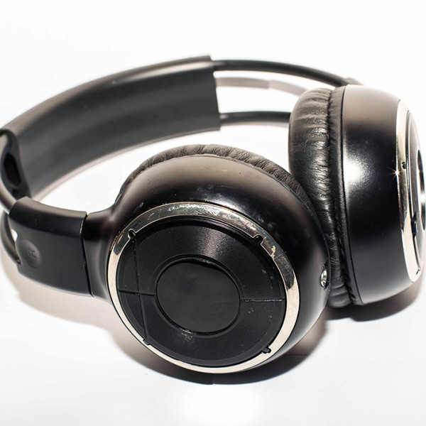 AAA-headphones